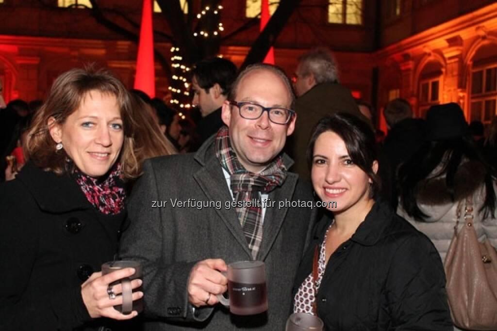 Barbara Ullram (ÖVAG), Heiner Klein (FMA), Güler Kilic (Wiener Börse), © Wiener Börse AG (15.12.2012)