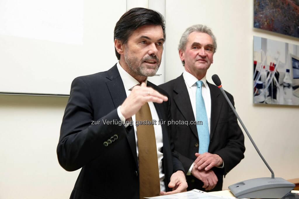 Hubert Neuper und Peter Püspök (Oikocredit), © IVA (24.02.2014)