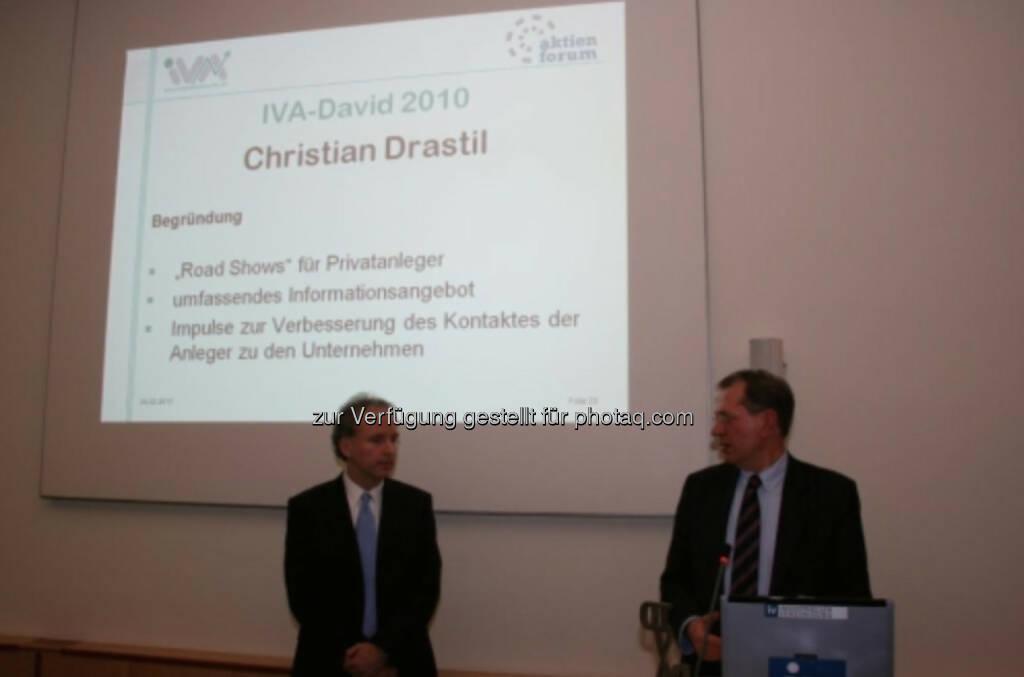 Vintage: Im Jahr 2010 war finanzmarktfoto.at-Herausgeber Christian Drastil mit IVA-David ausgezeichnet worden, © IVA (25.02.2014)