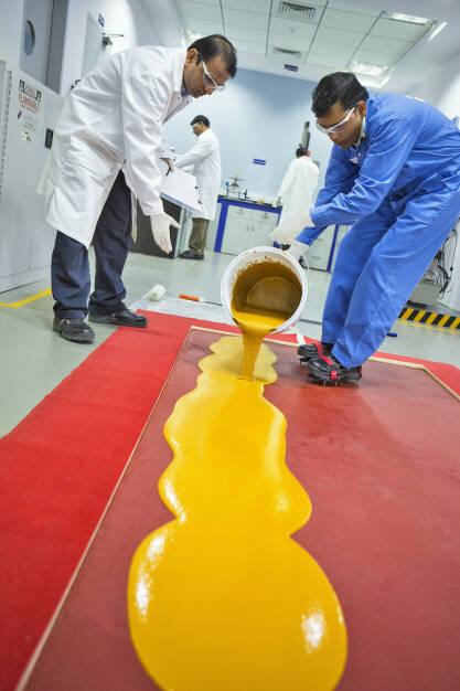 Ucrete® ist ein mechanisch, thermisch und chemisch hoch belastbares Polyurethanbetonsystem. BASF, © BASF (Homepage) (25.02.2014)