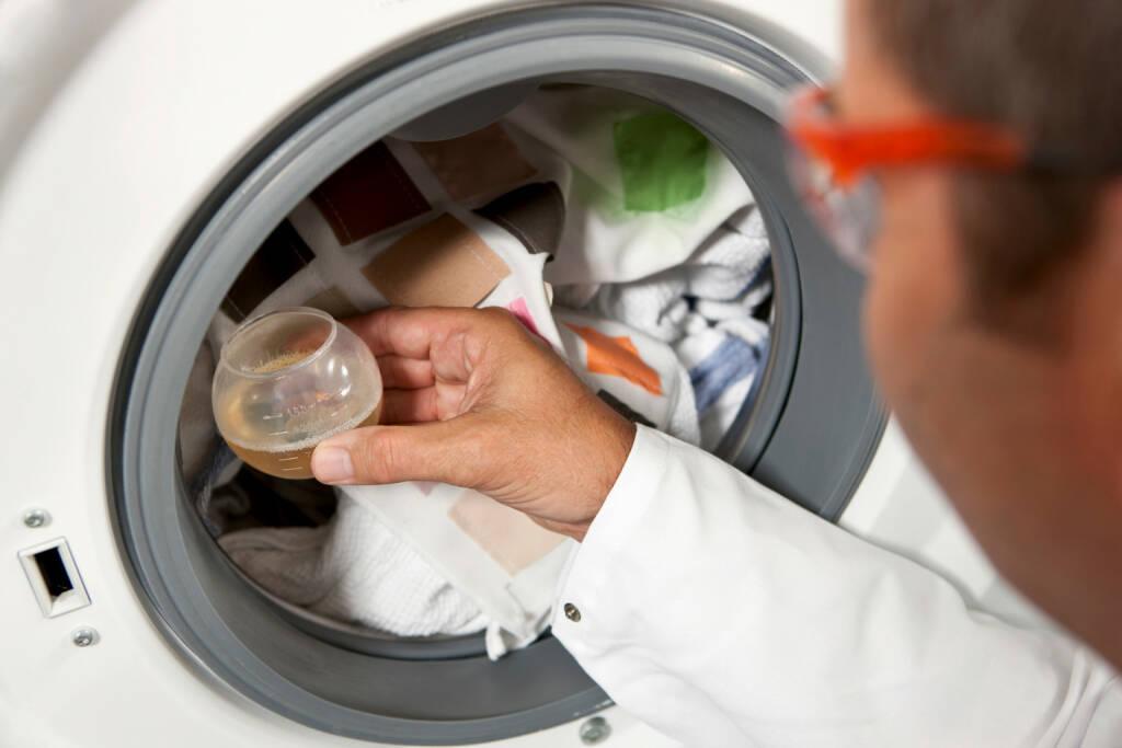 Tests für saubere Wäsche, BASF, © BASF (Homepage) (25.02.2014)