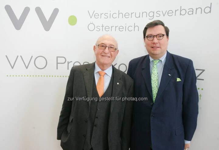 Günter Geyer (Präsident des österreichischen Versicherungsverbandes VVO) und Louis Norman-Audenhove (Generalsekretär des österreichischen Versicherungsverbandes VVO).  Erste Berechnungen zeigen für das Geschäftsjahr 2013 in der Lebensversicherungssparte einen leichten Rückgang der Prämien, in der Krankenversicherung und in der Schaden-Unfallversicherung wird ein Plus verzeichnet.