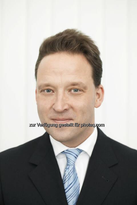 Matthias Zachert, derzeit Finanzvorstand der Merck KGaA in Darmstadt, wird sein Amt als neuer Vorsitzender des Vorstands der Lanxess AG am 1. April 2014 antreten.