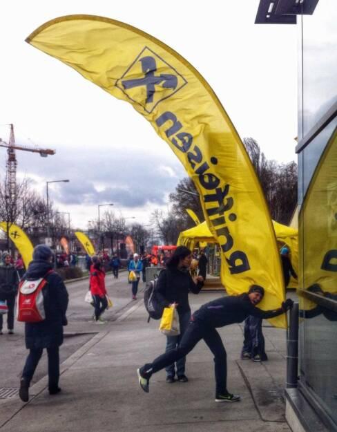 Wien Energie Fun Run am 16. März. Raiffeisen im Wind  (16.03.2014)