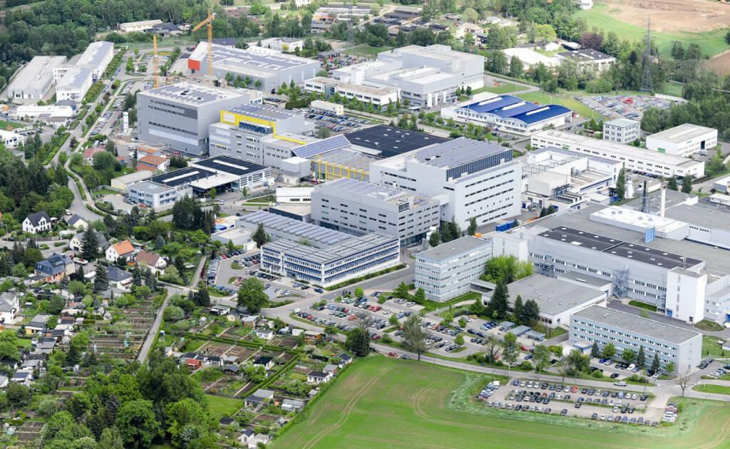 Blick auf den SolarWorld Qualitätsstandort in Freiberg / Sachsen, © SolarWorld AG (Homepage) (16.03.2014)