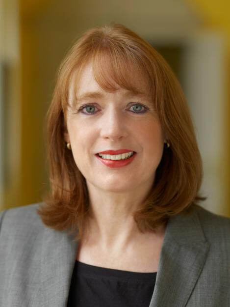 Colette Rückert-Hennen, Vorstand Informationstechnologie, Marke und Personal SolarWorld AG, © SolarWorld AG (Homepage) (16.03.2014)