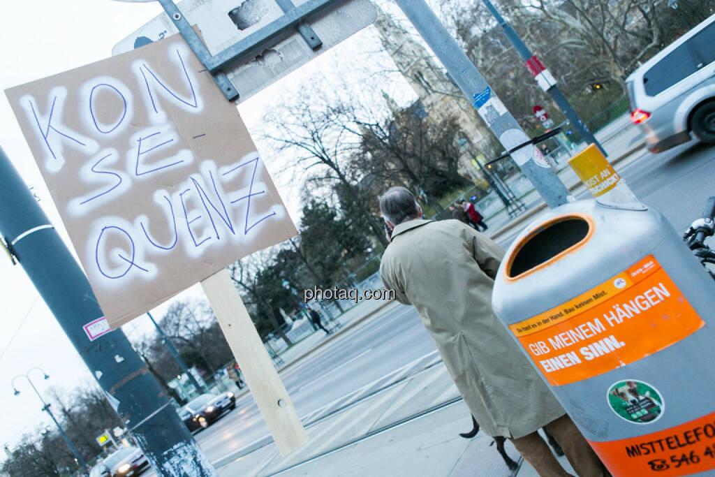 Konsequenz - Hypo Demonstration in Wien am 18.03.2014, © Martina Draper/finanzmarktfoto.at (18.03.2014)