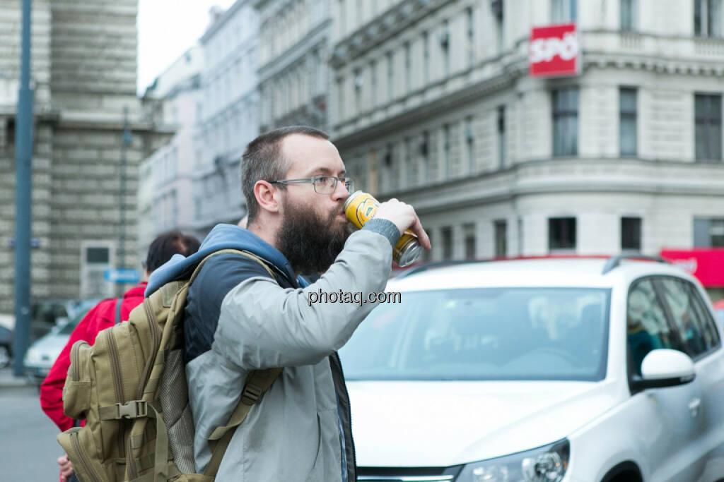 Bier - Hypo Demonstration in Wien am 18.03.2014, © Martina Draper/finanzmarktfoto.at (18.03.2014)
