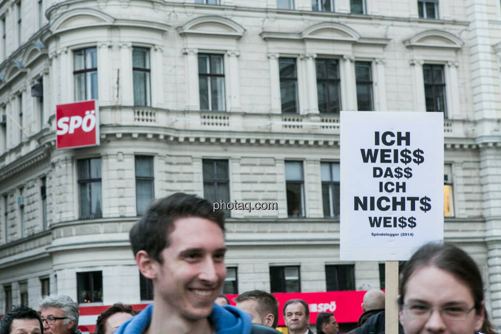 Vor SPÖ - Hypo Demonstration in Wien am 18.03.2014, © Martina Draper/finanzmarktfoto.at (18.03.2014)