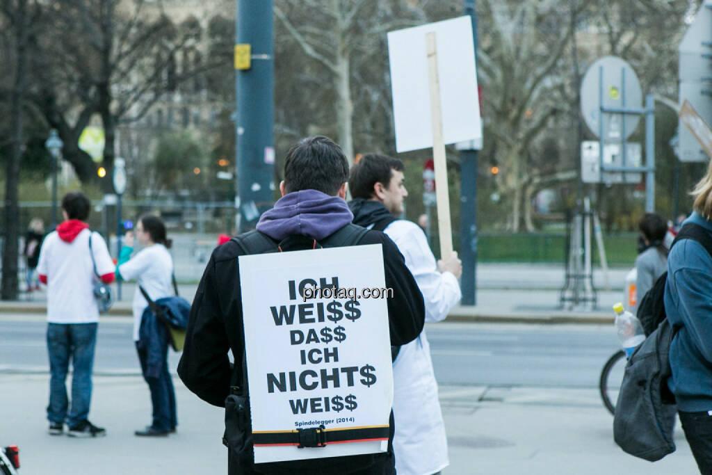 Hypo Demonstration in Wien am 18.03.2014, © Martina Draper/finanzmarktfoto.at (18.03.2014)