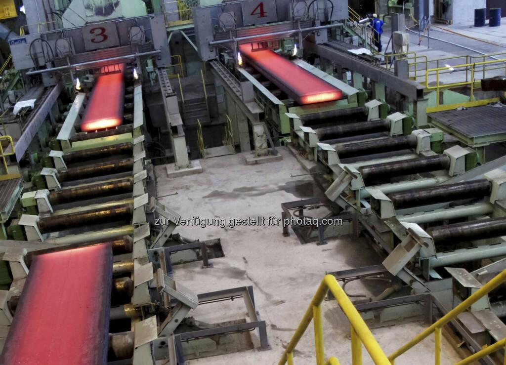 Brammenstranggießanlagen - Siemens Metals Technologies hat beim taiwanesischen Stahlproduzenten Dragon Steel Co. eine neue Stranggießanlage in Betrieb genommen (Foto: Siemens AG Österreich) (15.12.2012)