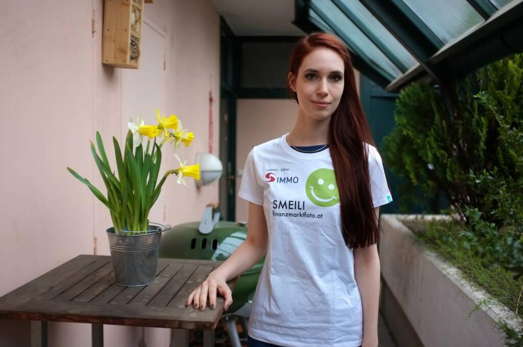 Flower Smeil: Kati Dollenz (Shirt in der S Immo-Edition) (20.03.2014)