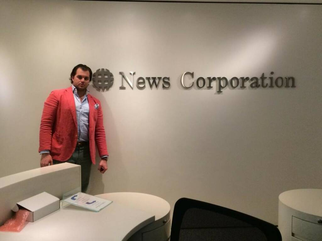 Tailored Apps-Mitgründer Lorenz Edtmayer bei der News Corporation in NYC. Thank you Rupert for having us (23.03.2014)