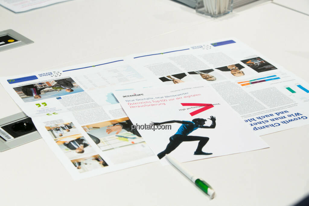 Fachheft, Studie Österreichs Top 100 vor der digitalen Herausforderung, Accenture, © finanzmarktfoto.at/Martina Draper (24.03.2014)