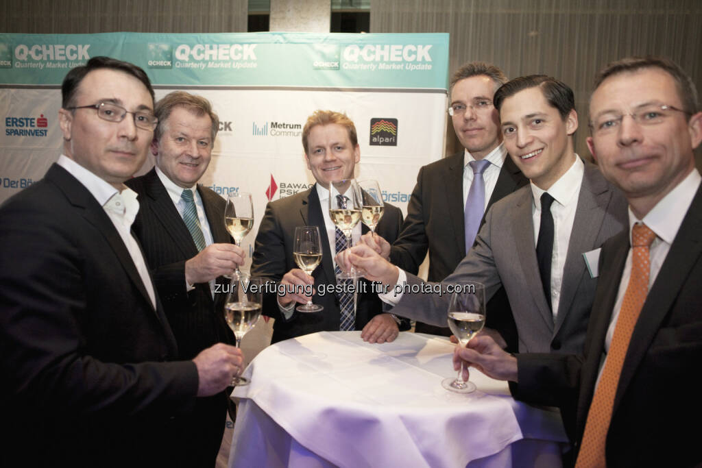 Alexandre Dimitrov (Erste Sparinveest), Eduard Zehetner (Immofinanz), Jörg Rohmann (Alpari), Reinhard Prüfert (ÖRAG), Dominik Hojas (Der Börsianer), Martin Bohn (Bawag P.S.K. Invest) beim Q-Check (c) Aussendung  (26.03.2014)