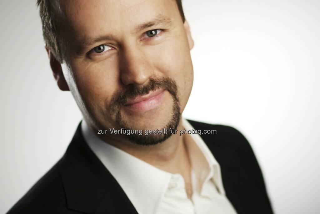 Joachim Brunner, CEO IRW-Press: Wir wünschen euch viel Erfolg mit der neuen Webseite und es freut uns natürlich, dass unsere Beiträge ganz vorne mit dabei sind. Wir hoffen, dass das so bleibt ;-) Natürlich werden wir euch auch weiterhin mit Fotos von unseren internationalen Events versorgen.   (15.12.2012)