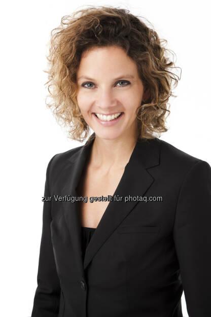 Sabine Hoffmann, Geschäftsführerin ambuzzador Marketing GmbH: Herzlichen Glückwunsch zum ersten Finance-Social-Newsroom. Wir finden das buzztastic! (15.12.2012)