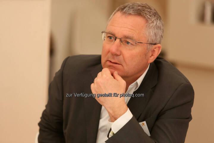 Peter Horvath (Vorstand Leder&Schuh AG)