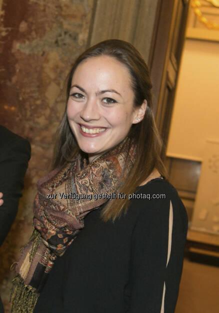 Ulrike Haidenthaller, Aktienforum: Ich gratuliere sehr herzlich zu dieser neuen Idee - ich finde die Umsetzung sehr gelungen und wünsche viel Freude bei der weiteren Gestaltung! (15.12.2012)
