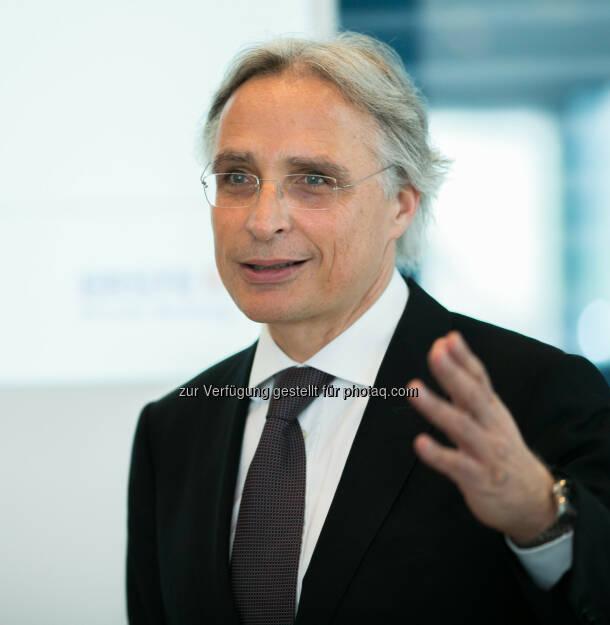 Wolfgang Traindl (Leiter Private Banking und Asset Management der Erste Bank) bei der Präsentation Investment-Trends der Superreichen (Bild: Erste Bank Daniel Hinterramskogler) (03.04.2014)