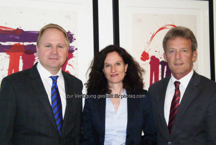 Oliver Fink (Bankhaus Spängler Wien), Rosemarie Macheiner und Walter Schnitzhofer (Bankhaus Spängler M&A GmbH) luden zu einem Vortrags- und Diskussionsabend in Wien (Bild: Spängler)