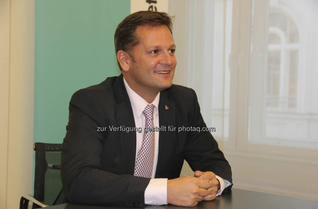Mag. Thomas Neusiedler, seit Sept. 2012 Vorstand Schaden-Unfall Helvetia Versicherungen AG (15.12.2012)
