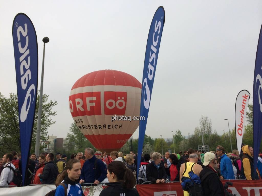 Borealis Linz Marathon, ORF OÖ Ballon, © Martina Draper (06.04.2014)