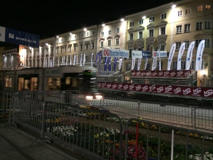 Borealis Linz Marathon, Zielbereich bei Nacht