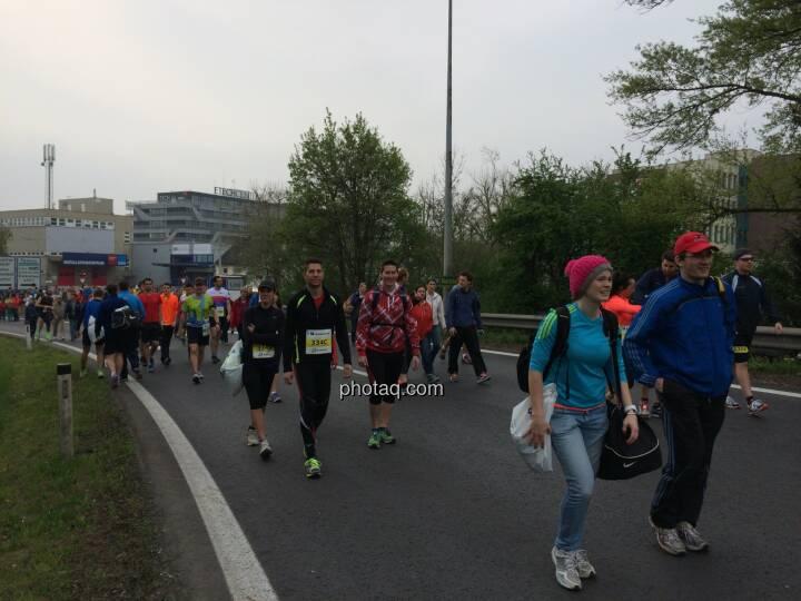 Borealis Linz Marathon, am Weg zum Start