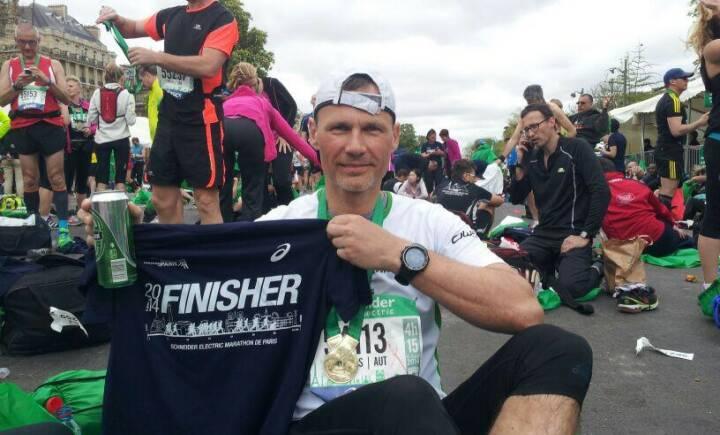 Andreas Schweighofer, Veranstalter http://www.wienerwaldlauf.at (Anmeldung offen, Runplugged unter den Partnern) als Finisher des Paris Marathon 2014