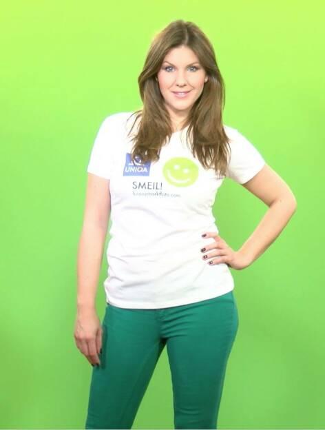 Wetter Smeil Miriam Geiregger, u.a. oe24.at (Shirt in der Uniqa-Kollektion) (07.04.2014)