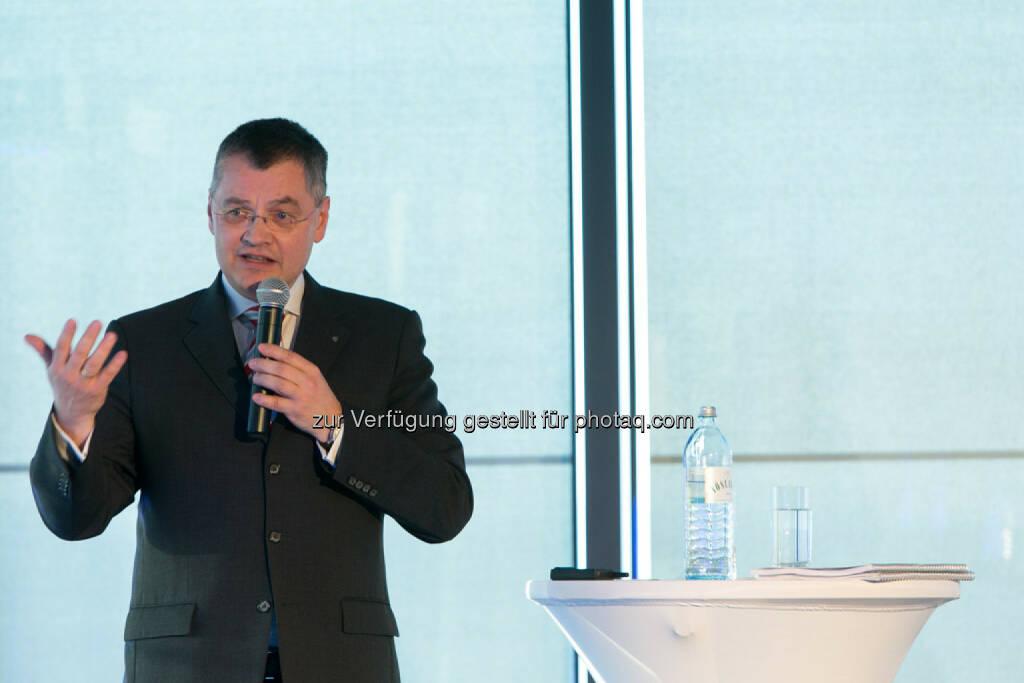 Thomas Uher, Erste Bank der oesterreichischen Sparkassen AG, siehe auch: http://blog.immofinanz.com/de/2014/04/09/immofinanz-infos-rund-um-buwog-abspaltung/ , © Martina Draper für Immofinanz (07.04.2014)