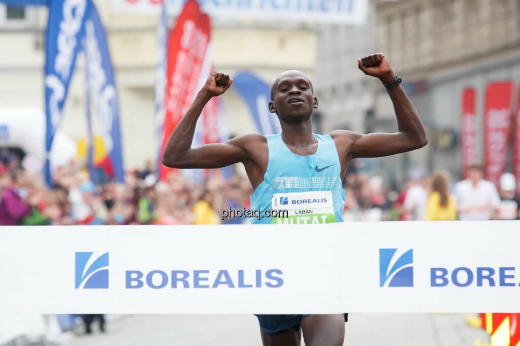 Mutai Leban (KEN), Sieger Borealis Linz Marathon, Fotograf: Klaus Mitterhauser, © Martina Draper (08.04.2014)