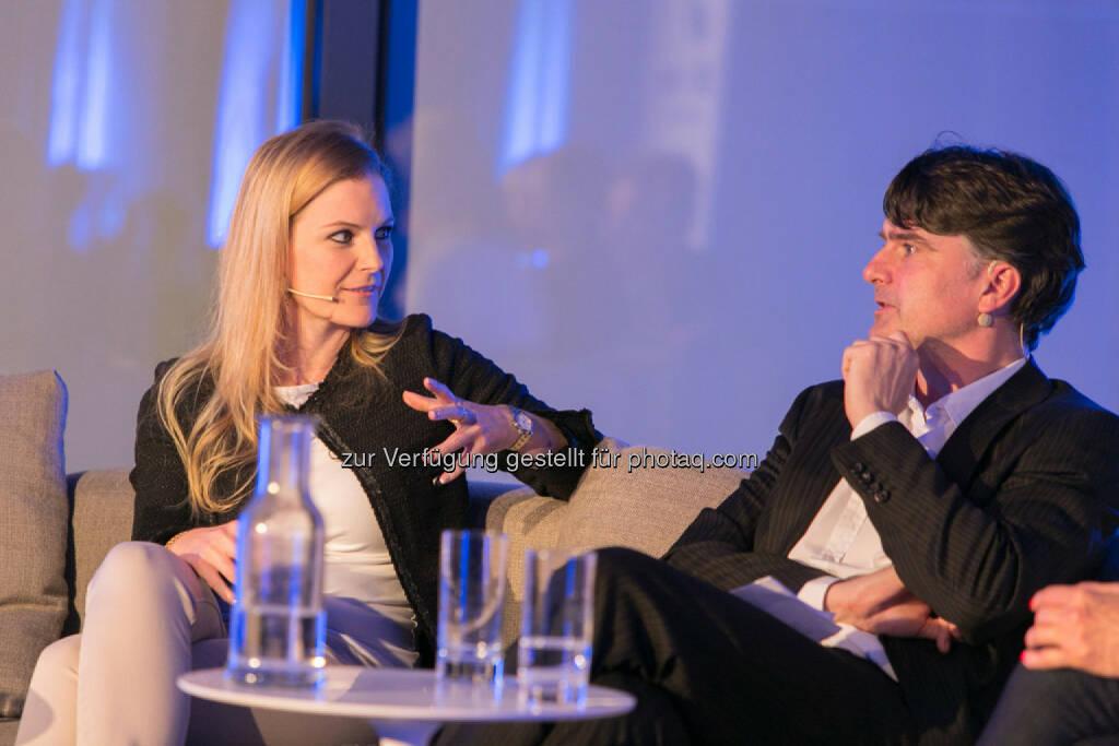 """Meret Baumann, Korrespondentin der Neue Zürcher Zeitung in Wien, Christian Ultsch, Leiter Außenpolitik """"Die Presse"""", © Martina Draper für Immofinanz (09.04.2014)"""