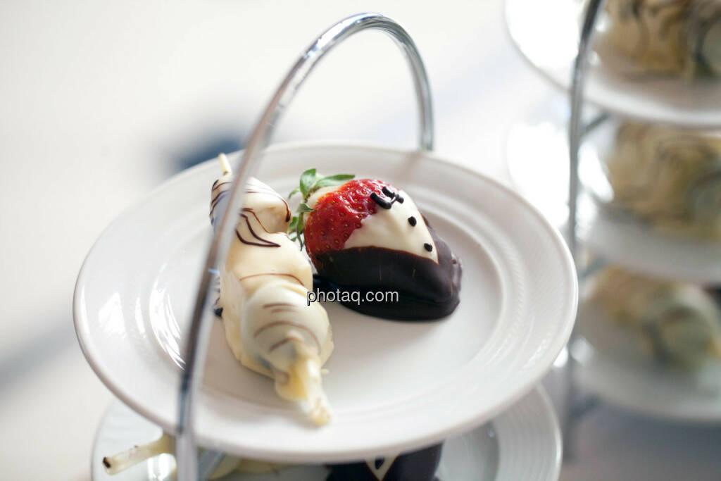 Dessert, Süsses, Erdbeere, © Michaela Mejta für finanzmarktfoto.at (09.04.2014)