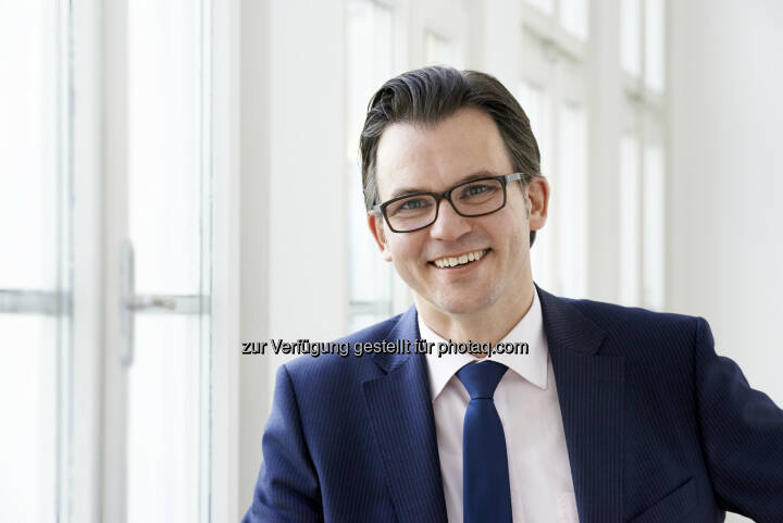 Stefan Kühteubl wird mit Juli 2014 bei der zentraleuropäischen Rechtsanwaltskanzlei Schönherr als Partner eintreten, um dort die Arbeitsrechtspraxis neu aufzustellen und zu leiten. Der Arbeitsrechtsexperte kehrt damit zu Schönherr zurück, wo er bereits von 1999-2004 im Arbeitsrechtsteam tätig war (Bild: Schönherr)