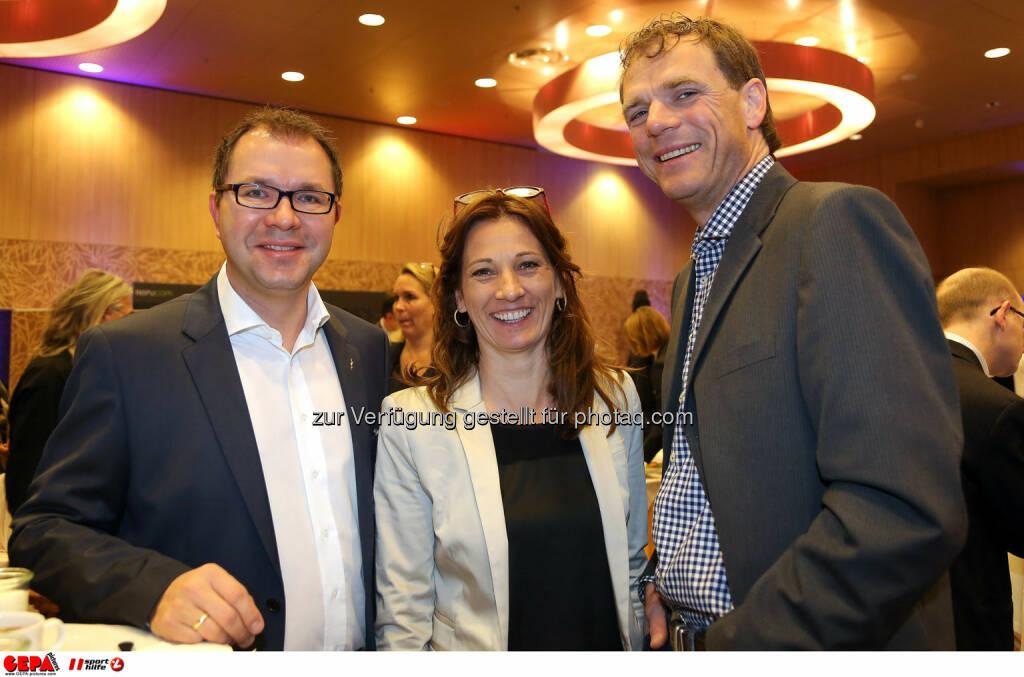 Wolfgang Mayer, Alexandra Huebel und Reinhard Poller. (Foto: GEPA pictures/ Christopher Kelemen)  (10.04.2014)