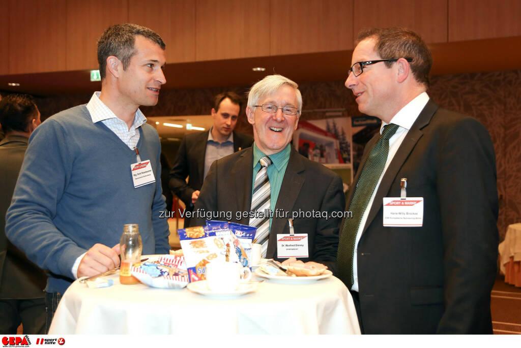 Horst Nussbaumes, Manfred Dimmy und Geschaeftsfuehrer Hans-Willy Brockes (ESB Europaeischen Sponsoring-Boerse). (Foto: GEPA pictures/ Christopher Kelemen)  (10.04.2014)