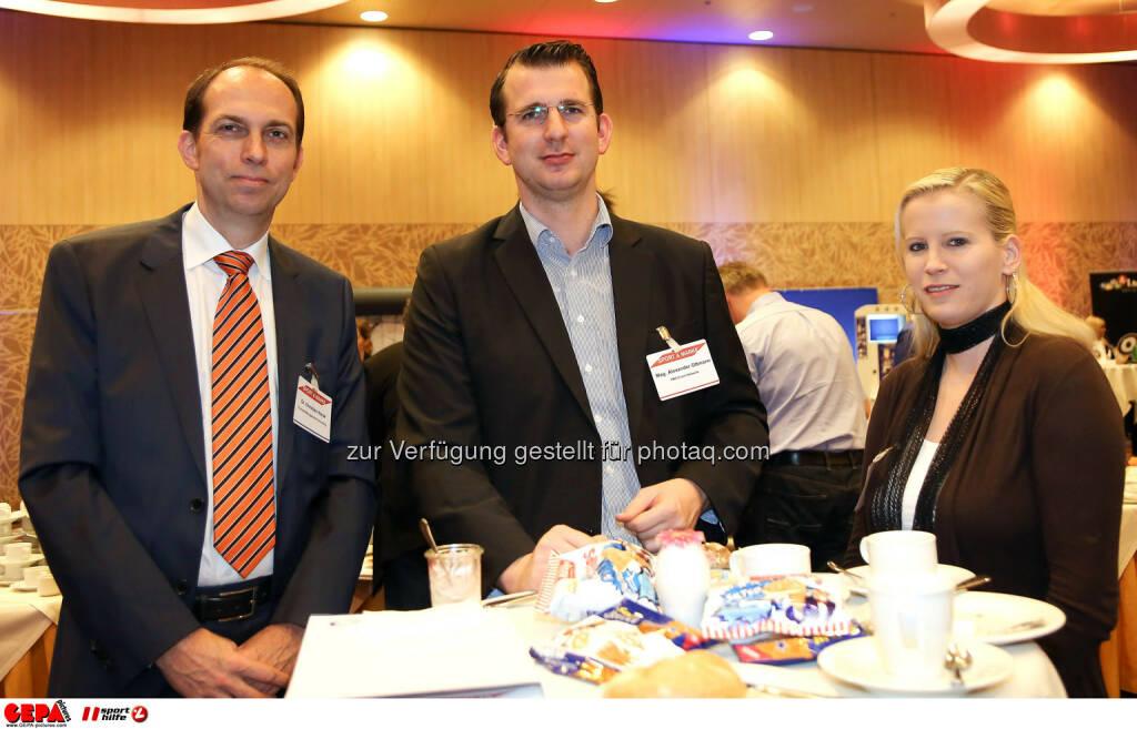 Geschaeftsfuehrer Christian Horak (Contrast Management-Consulting), Geschaeftsfuehrer Alexander Ottmann (FMS Event-Network) und eine Mitarbeiterin. (Foto: GEPA pictures/ Christopher Kelemen) (10.04.2014)
