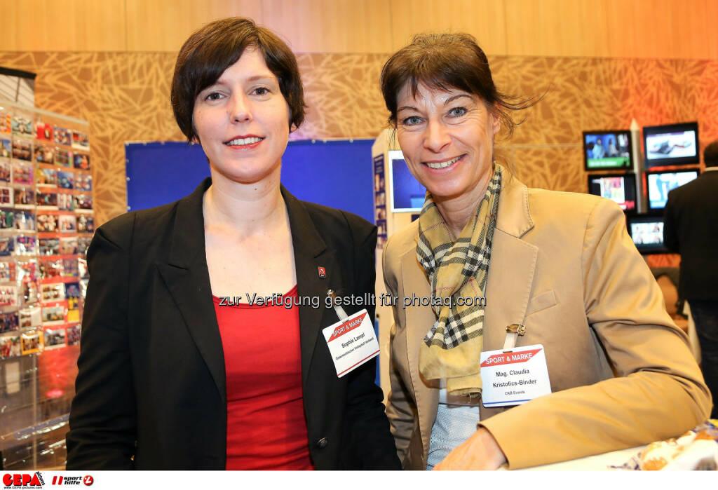Generalsekretaerin Sophie Lampl (Oesterreichser Volleyball Verband) und Claudia Kristofics Binder (CKB Events). (Foto: GEPA pictures/ Christopher Kelemen)  (10.04.2014)