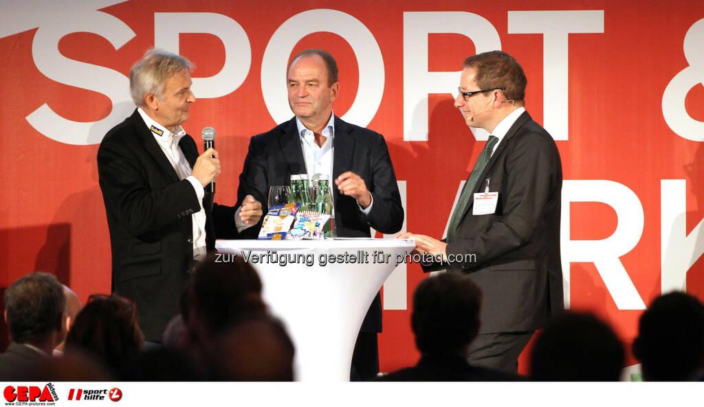 Geschaeftsfuehrer Wolfgang Hoetschl (Kelly), Herbert Prohaska und Geschaeftsfuehrer Hans-Willy Brockes (ESB Europaeischen Sponsoring-Boerse). (Foto: GEPA pictures/ Christopher Kelemen)  (10.04.2014)