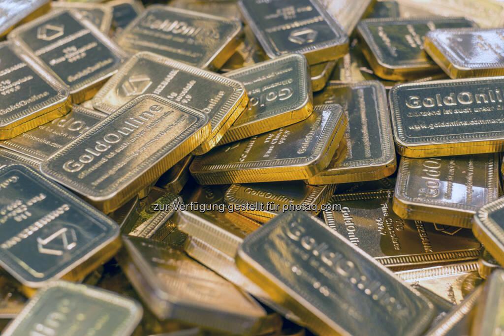Schokoladen-Goldbarren des Ausstellers Commerzbank (Bild: Messe Stuttgart) (11.04.2014)
