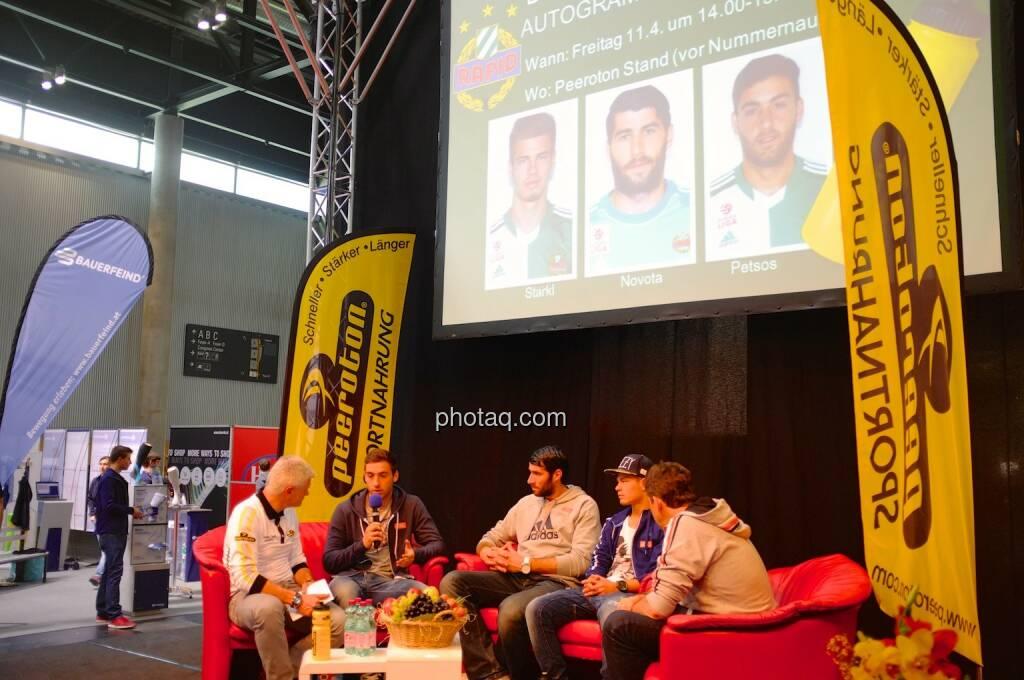 Rapid Spieler am Podium, Petsos, Novota und Starkl, © Josef Chladek finanzmarktfoto.at (11.04.2014)