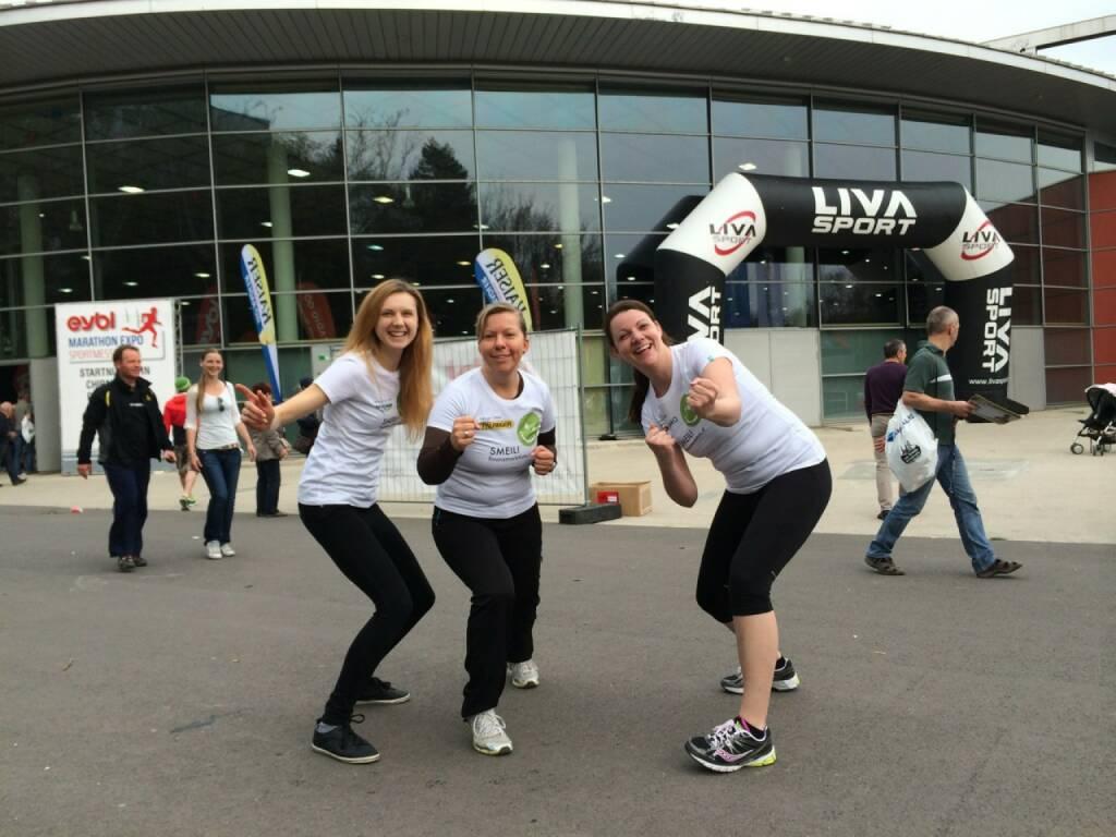 Come on Smeil: Livia Döller, Barbara Kremser, Rebecca Öller (14.04.2014)