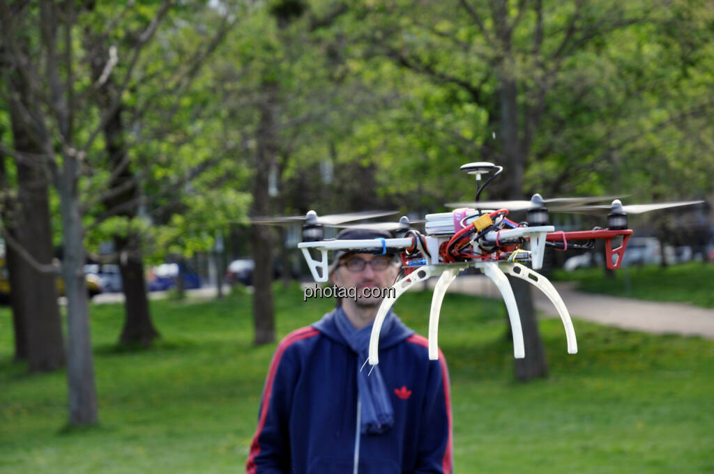 Drohne, DJI F450 QuadroCopter, Josef Chladek (20.04.2014)
