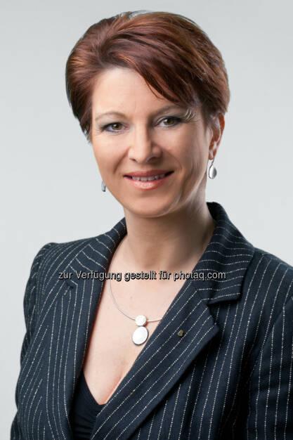 Wirtschaftsbund Wien: Maria Smodics-Neumann zur neuen Spartenobfrau Gewerbe & Handwerk gewählt , Fotograf: Foto Weinwurm GmbH. (24.04.2014)
