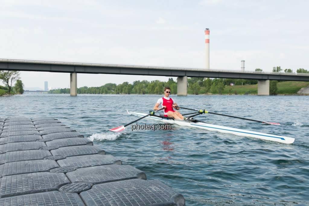 Schlagzahl erhöhen, Gerald Pollak, Sport und Business, rot-weiss-rot, © finanzmarktfoto.at/Martina Draper (27.04.2014)