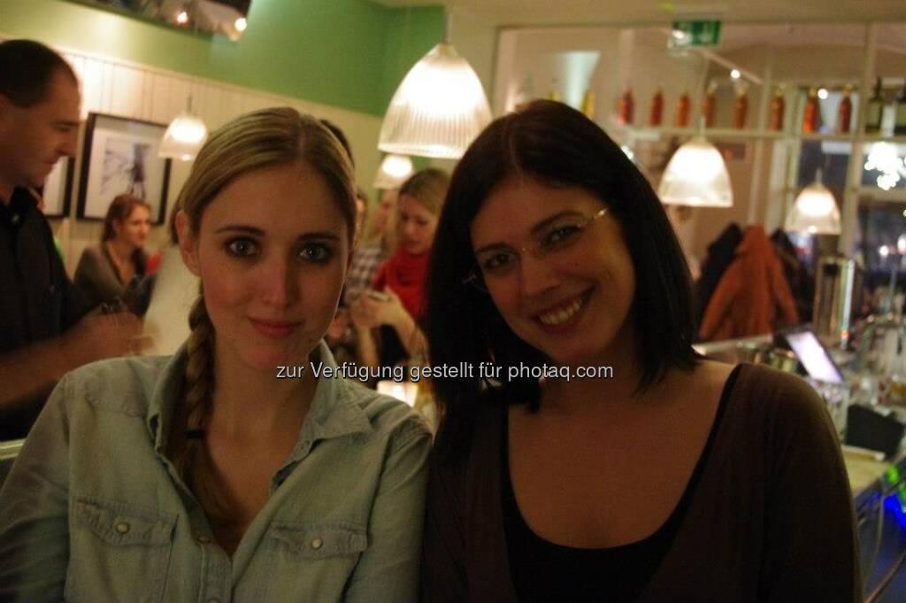 Das Heinz: Navina Fiby, Naomi Fiby, © Das Heinz (20.12.2012)