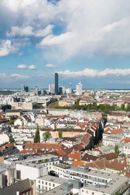 Wien, Donauplatte, DC Tower, Blick vom Uniqa Tower, © finanzmarktfoto.at/Martina Draper (27.04.2014)
