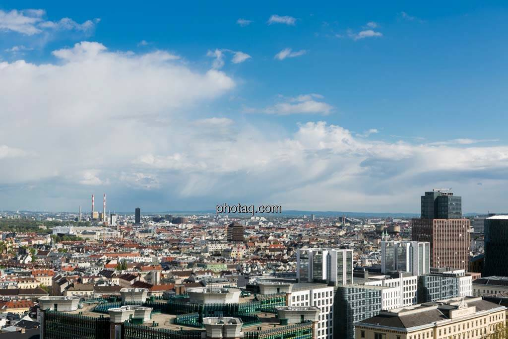 Wien, Blick vom Uniqa Tower, © finanzmarktfoto.at/Martina Draper (27.04.2014)